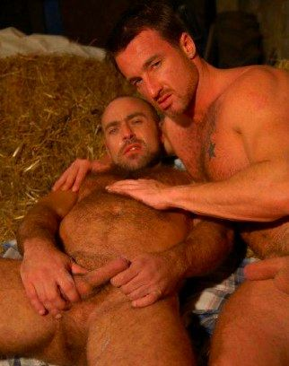 Beefy guy cuddles with his hairy little pig bottom boy