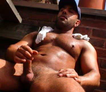 Hairy beefy hunk jacking his dick
