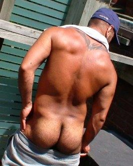Pier Sias shows off his meaty furry ass