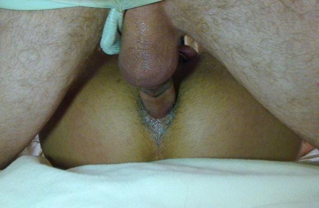 La pòlla sin condón de Jake abre el culo mojado de Sage