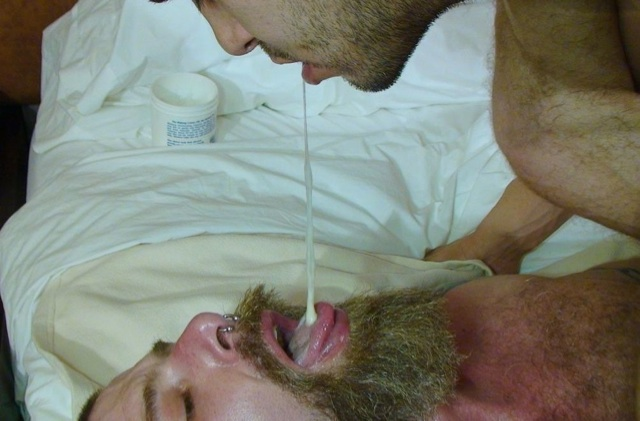 Sage feeds his load to Jake