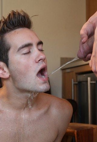 Piss pig Jayden Taylor taking a hot stream in his mouth