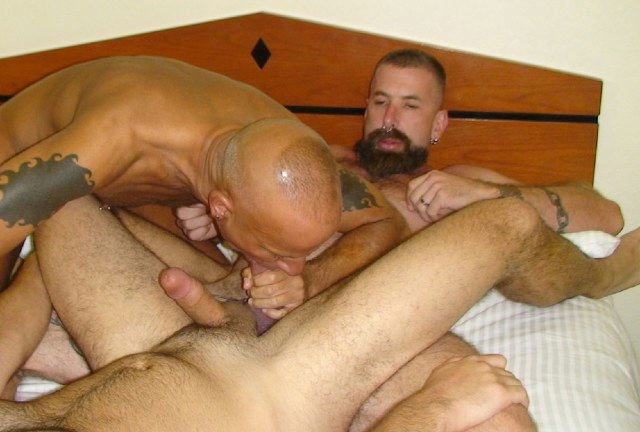 Jake Wetmore getting his cock serviced by Doug Scott