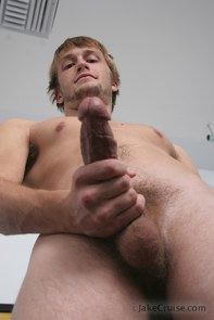 Scruffy Joshua Ballman shows his big throbbing dick