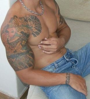 El cuerpo de Rocco con sus tatuajes
