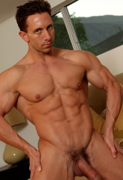 Body Builder Aaron Austin bares all