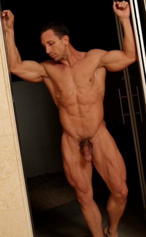 Toned body builder Aaron Austin sexy and ripped