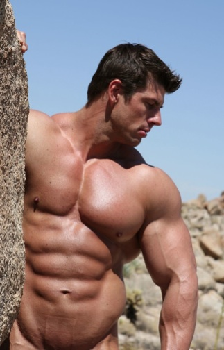 Muscular Zeb Atlas shows off his body building body