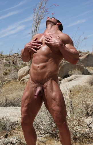 Sexy Zeb Atlas showing his very muscular body and huge thighs