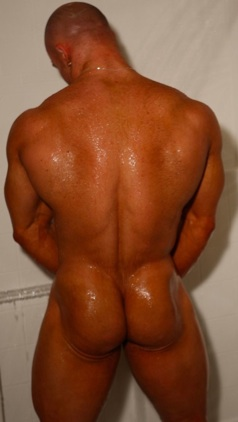 Hot body builder Kyle Stevens in the shower showing his naked ass