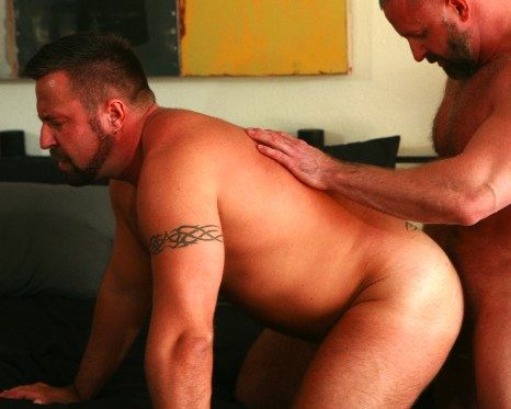 Marc Angelo gets his ass plowed by Pik Kappus