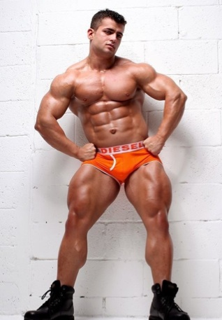 Benny Ryder shows off his massive legs and chest