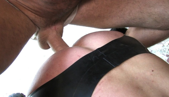 Raw dick drilling a smooth ass