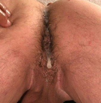 Ass dripping with cum after getting fucked - creampie