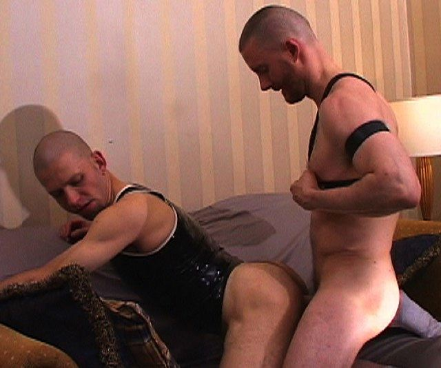 Skinhead rubber boy takes bare cock in his ass
