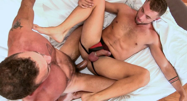 Super hung daddy fucks a bearded boy