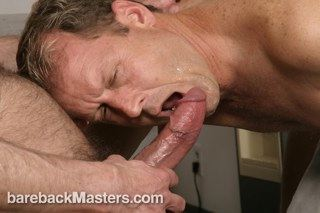 Mature daddy takes a poz load on his face