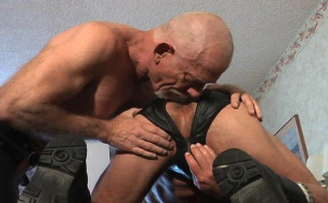 free gay leather daddy masters