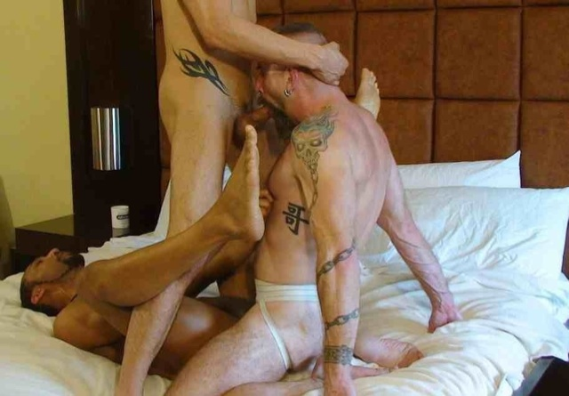 Jake Wetmore sucking Sage Daniels cock while fucking Buster Sly