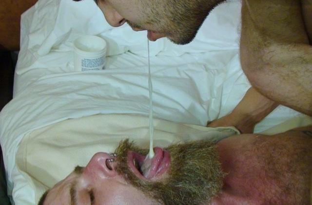 Sage feeds his load to Jake