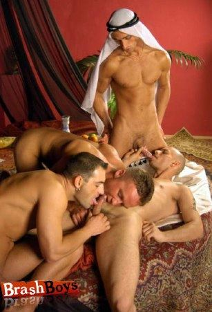 Fourgy cock sucking orgy