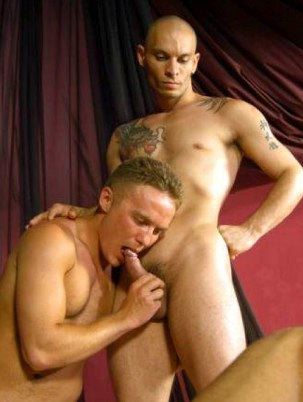 Tattooed guy with shaved head gets a blowjob from Steffi Keyser