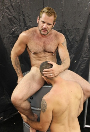 Tober feeds his cock to Dominc