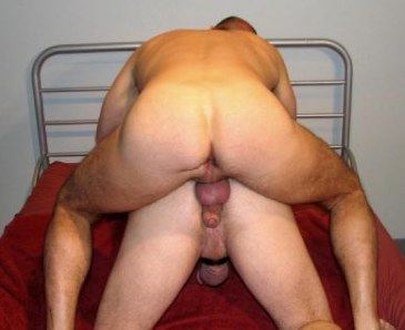 Beefy stud rubs his soft cock on a hunks ass