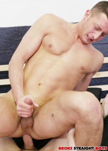 Bottom in pain as he gets fucked and jacks his dick