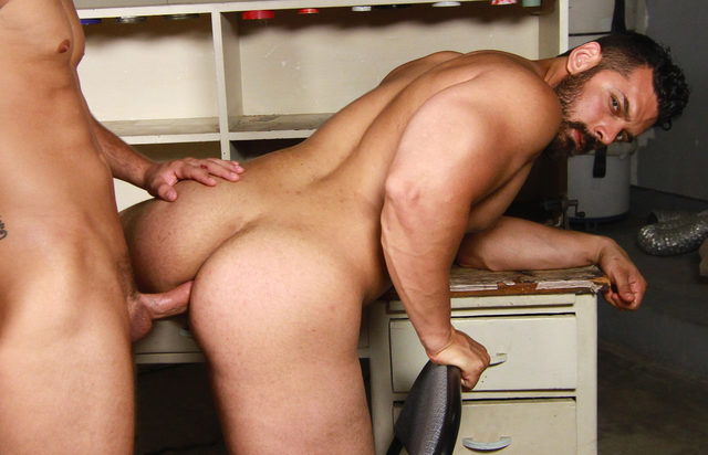 Marcus Ruhl – Bottoming