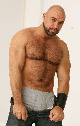Beefy hairy muscle bear Axel Ryder