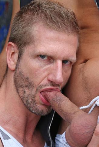 Jesse Vos sucking dick