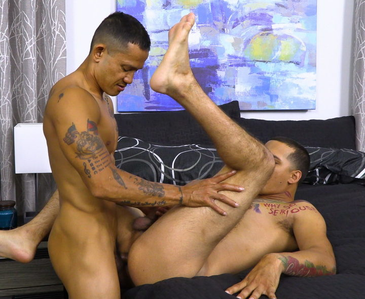 Bentley Layne – bottoming