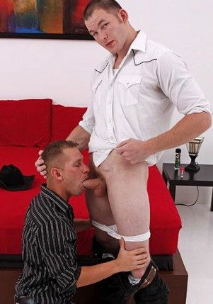 Tex Gemell getting his thick cock sucked