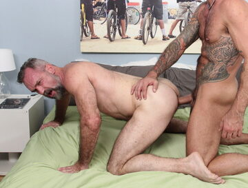 Peter Rough – bottoming