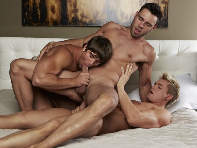 Hot young jock gets his ass fucked and his cock sucked by two buds