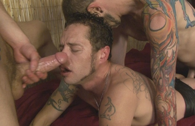 Damon geting his ass pounded by Fyerfli while Blue strokes his huge cock