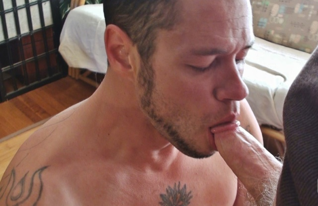 Damon dog works the head of Brad\'s fat cock