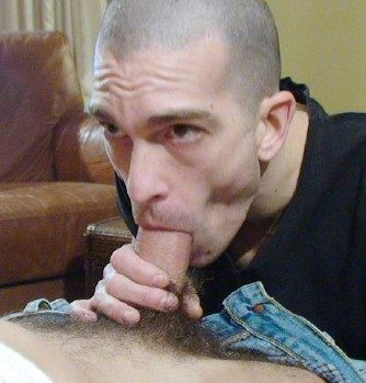 Fred Mayer loves sucking dick
