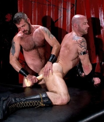 Ken Braun getting his ass abused by Danny Mann