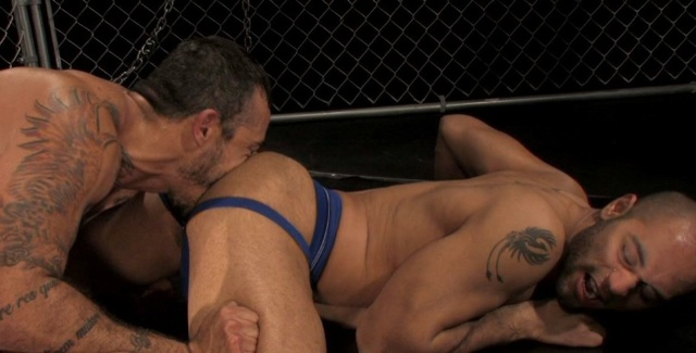 Alessio buries his face in Leo's hot ass