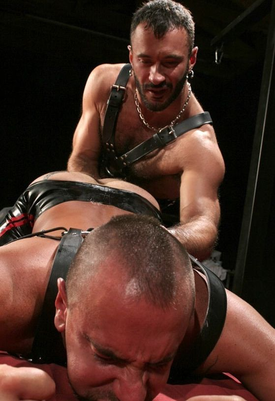 Wilfred drives his fist into Matthieu\'s hole