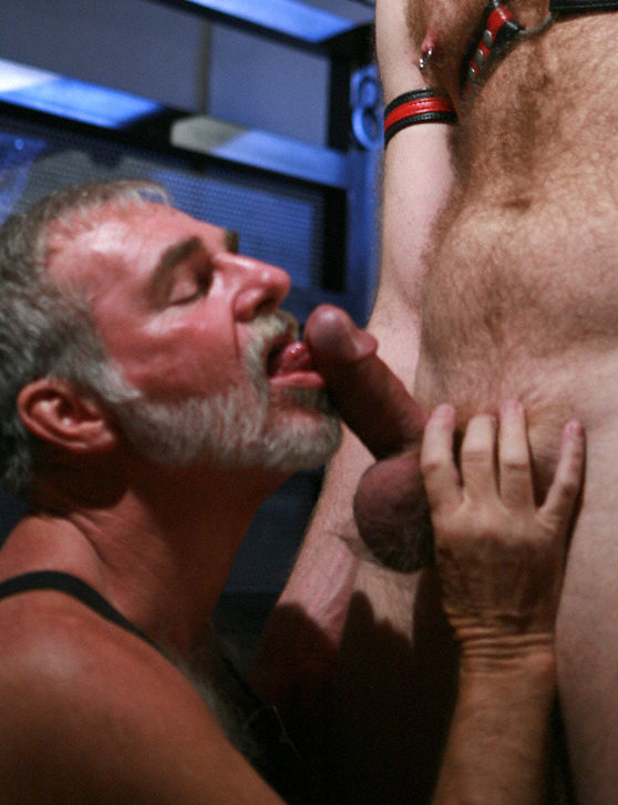 Super thick Kegan Daniels gets his cock worshiped by furry leather Daddy Karl Williams