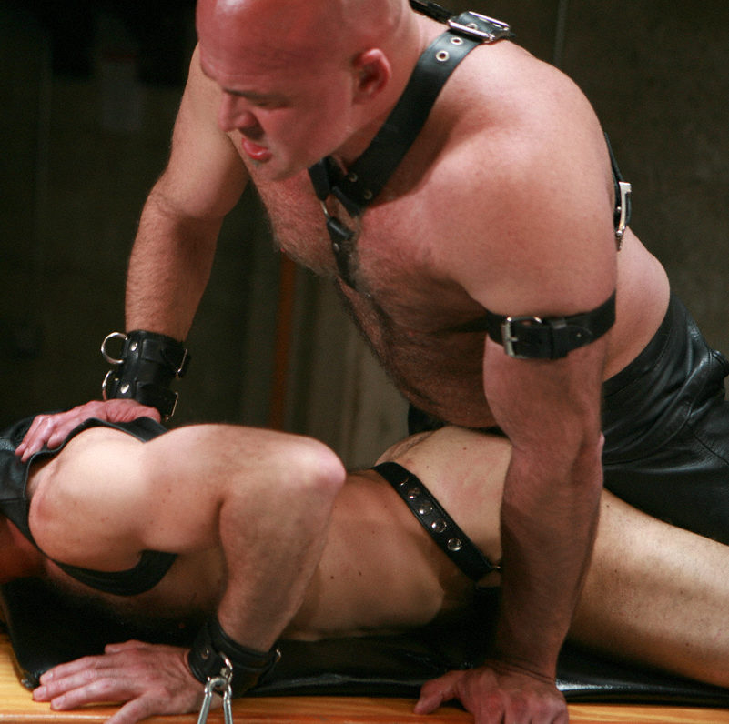 Leather boy Xavier getting his ass used