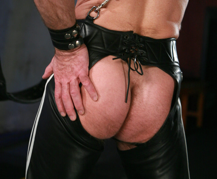 Greg Mitchell\'s Daddy ass in chaps
