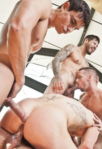 Jed Athens take Rafael Carreras's load at a 5 way sex party