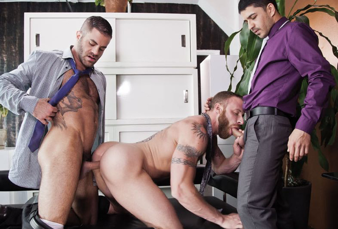 Derek Parker spit roasted by two tops