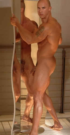 Muscle boy Vin Marco naked in front of a mirror