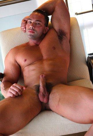 Massive bodybuilder with hard cock
