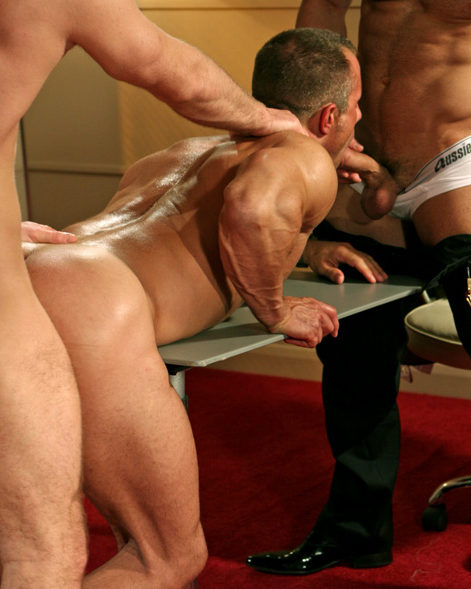 Christian Alexander – Bottoming
